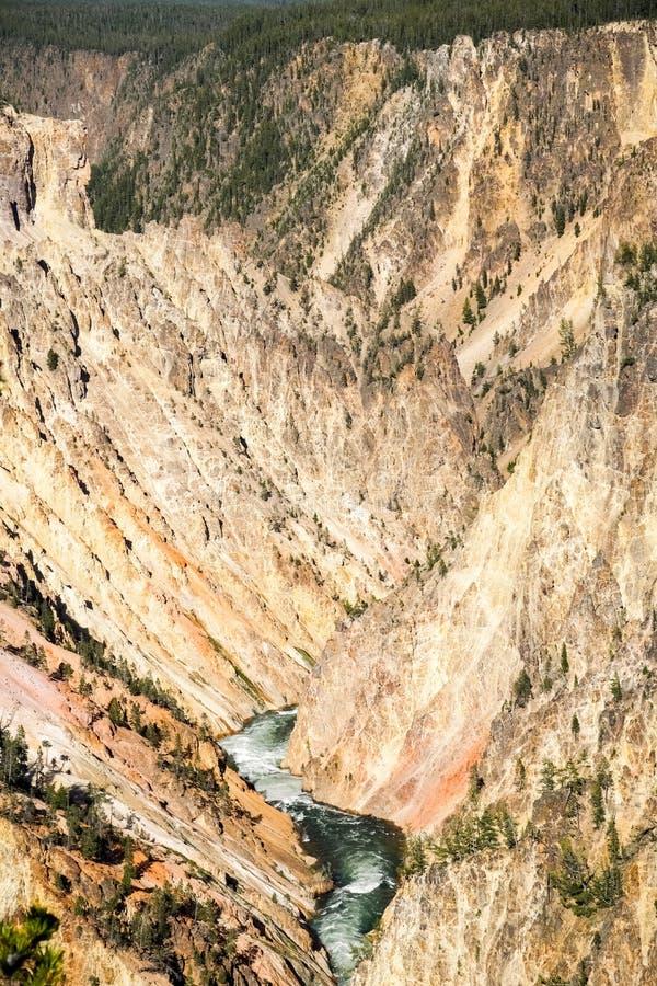 黄石,黄石国家公园,怀俄明的大峡谷的鸟瞰图 免版税图库摄影