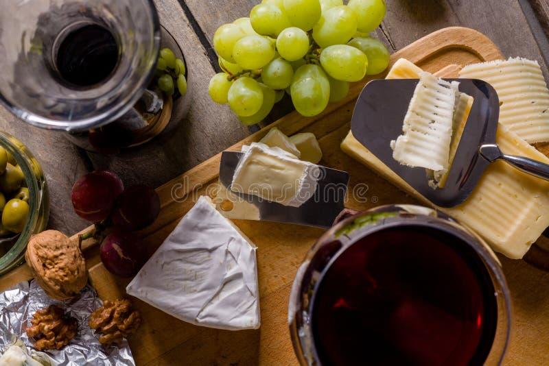 Één of andere kaas en wijnreeks royalty-vrije stock foto