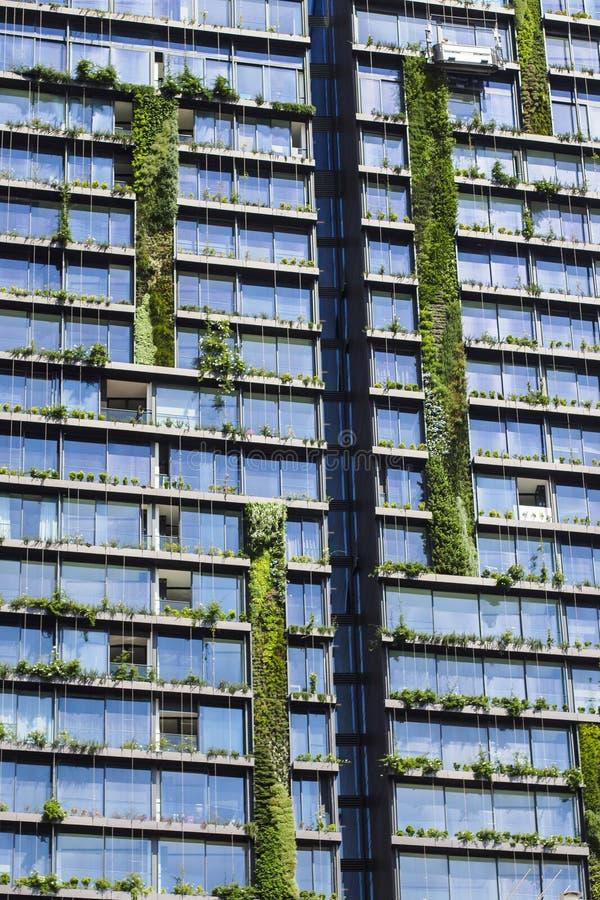 Één Central Park is een met een prijs bekroond die mengen-gebruiksgebouw in Sydney, Australië wordt gevestigd stock fotografie