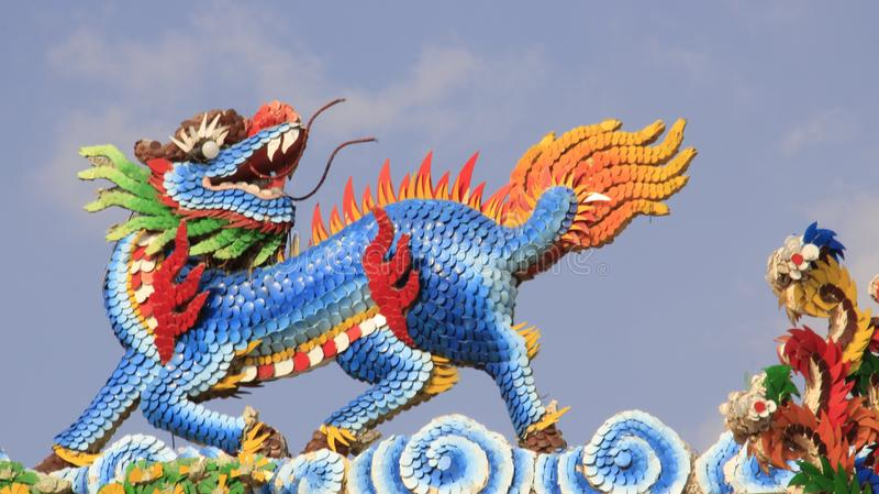 Één Fantasiedieren Veelkleurig Dragon Horse royalty-vrije stock afbeeldingen