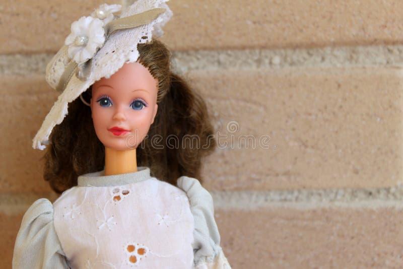 Goede Één Oude Barbie-poppenwhit Jaren '90uitrustingen Redactionele GB-15