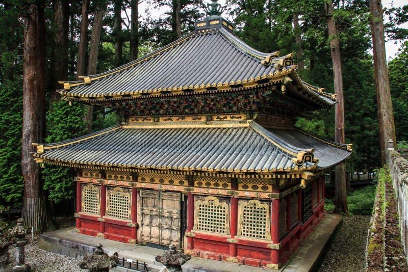 Één van de heilige pakhuizen van Sanjiko, Toshogu-heiligdom, tochigiprefectuur, Japan stock fotografie