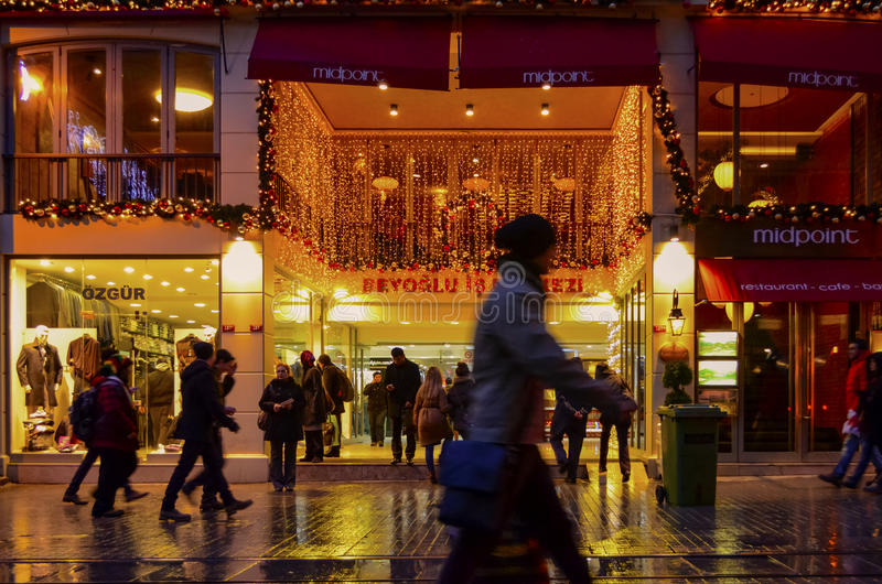 Één van Straat van de straatistiklal van Turkije de beroemdste stock foto's