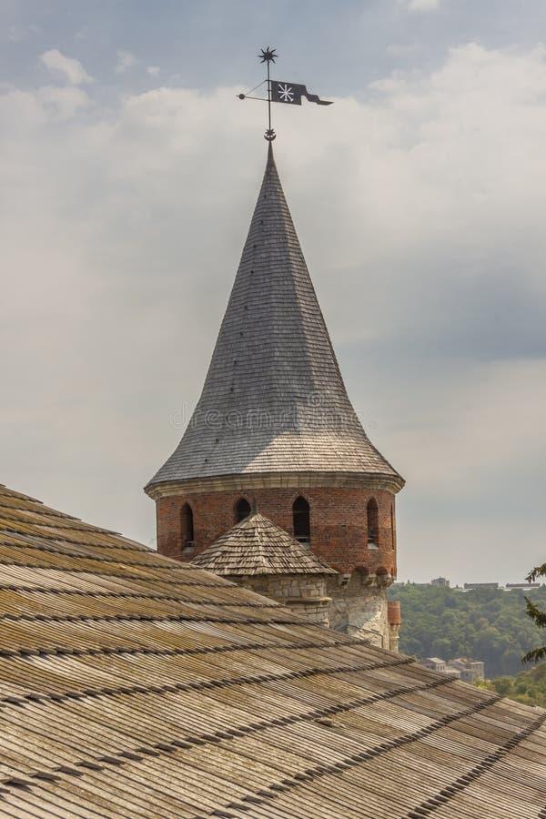 Toren van kasteel in Kamianets Podilskyi, de Oekraïne, Europa. stock afbeelding