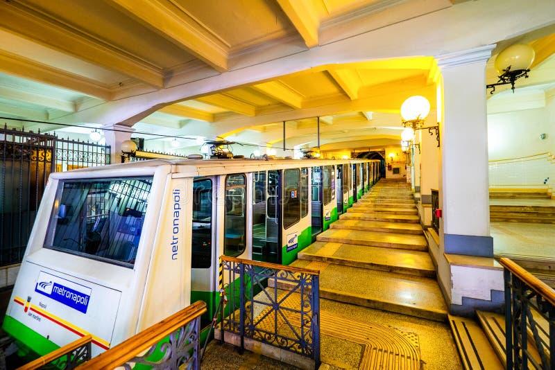 那不勒斯-拿坡里,Montesanto -缆车连接市中心和Vomero小山 意大利 免版税库存照片