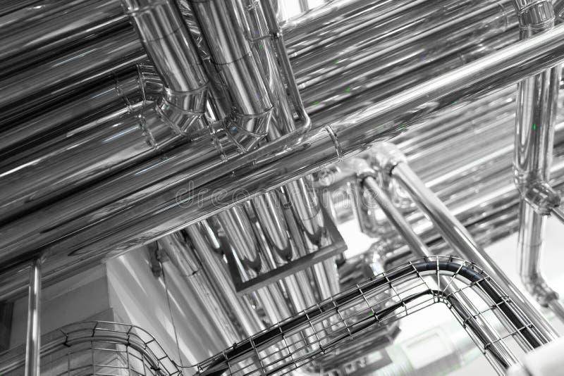 铝管子系统在食品工业植物的 库存照片