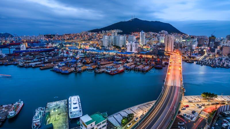 釜山,韩国夜scape  免版税库存图片