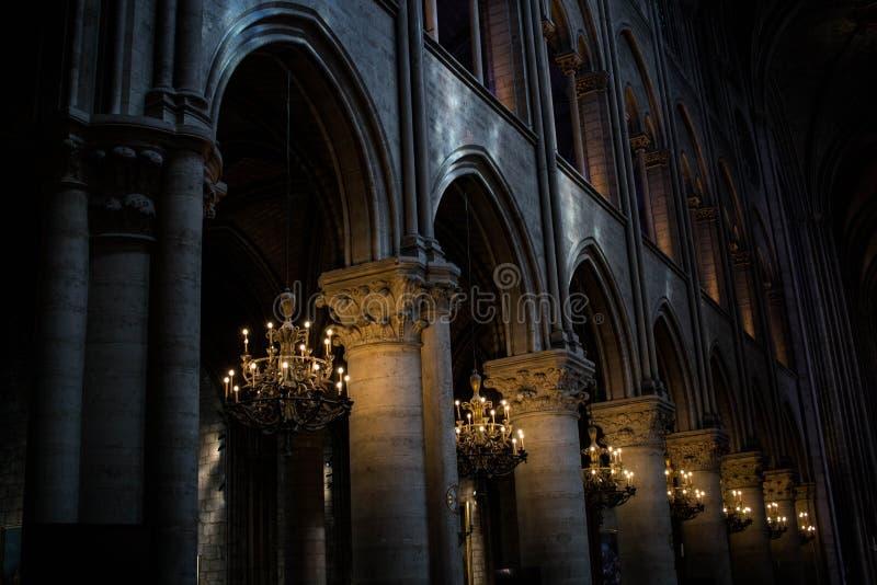 里面巴黎圣母院 免版税图库摄影
