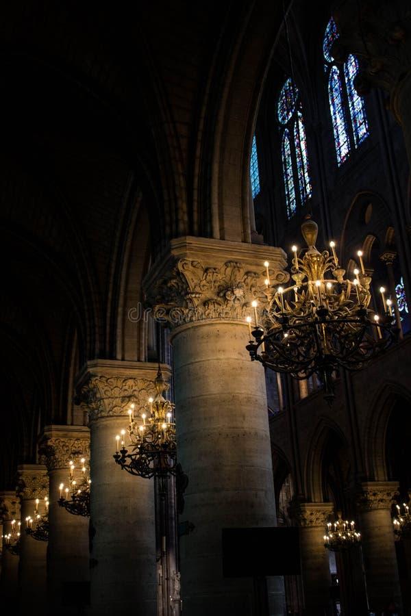 里面巴黎圣母院 免版税库存图片