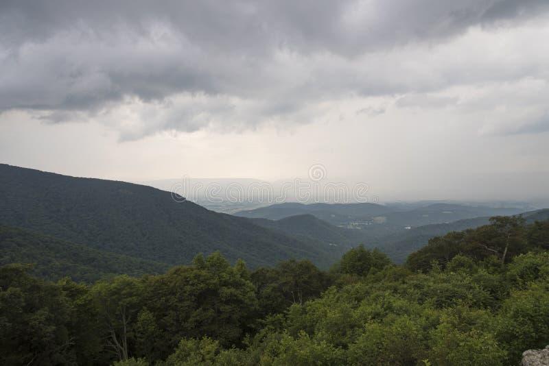 雪伦多亚风暴云彩 图库摄影