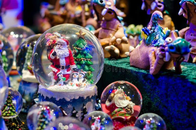 雪球玩具玻璃球 免版税库存图片