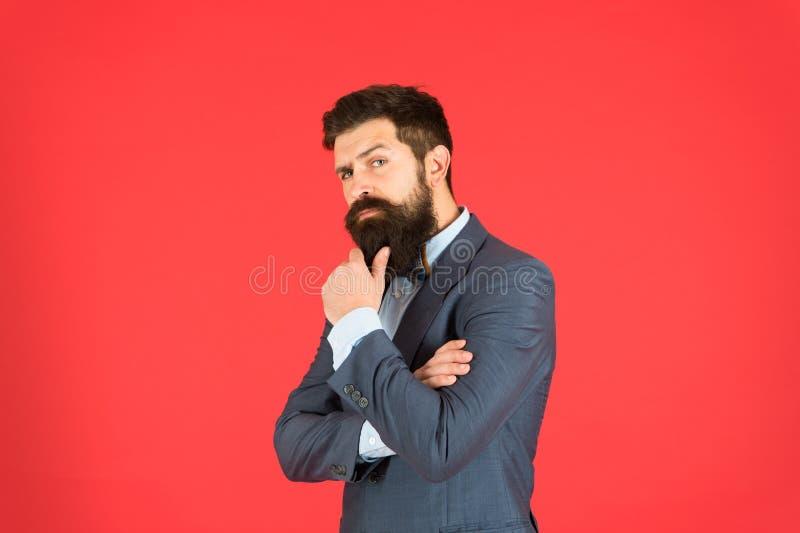 选矿是生活方式 男性正式时尚神色 企业主 企业概念查出的成功白色 正式事务 有胡子的人 库存照片