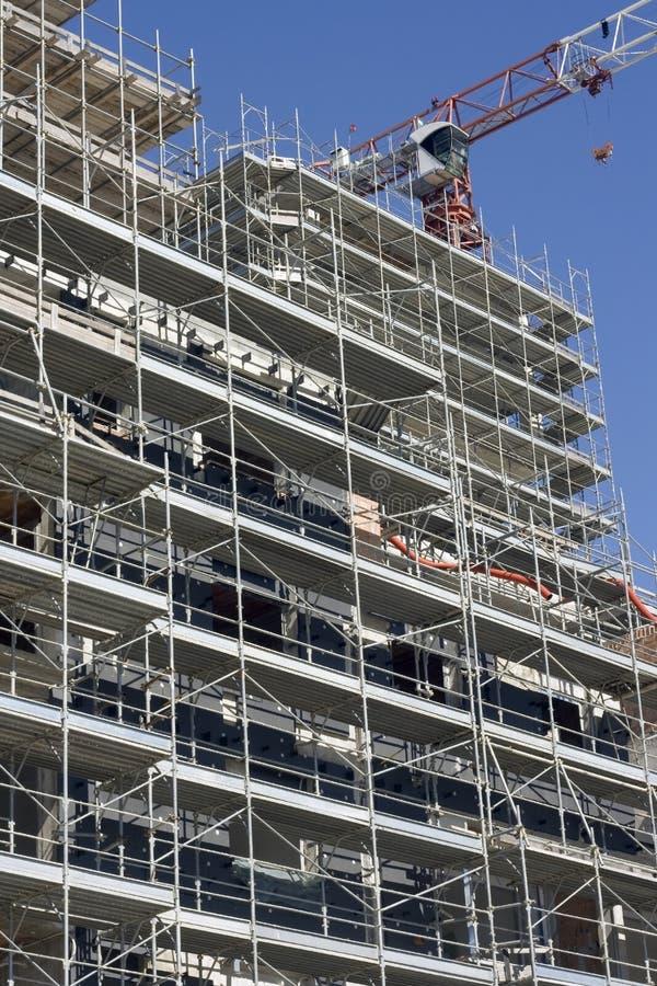 Échafaudage sur un chantier de construction photographie stock libre de droits