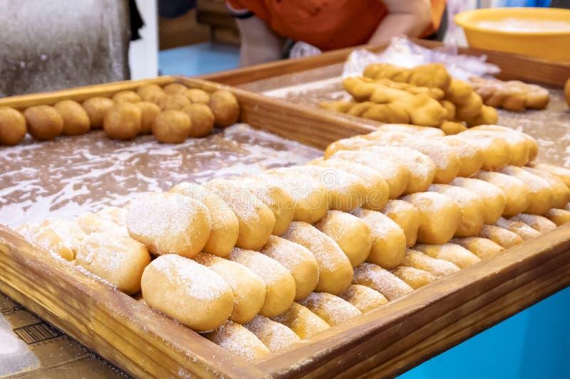 Échanges de rue des pâtisseries douces photographie stock libre de droits
