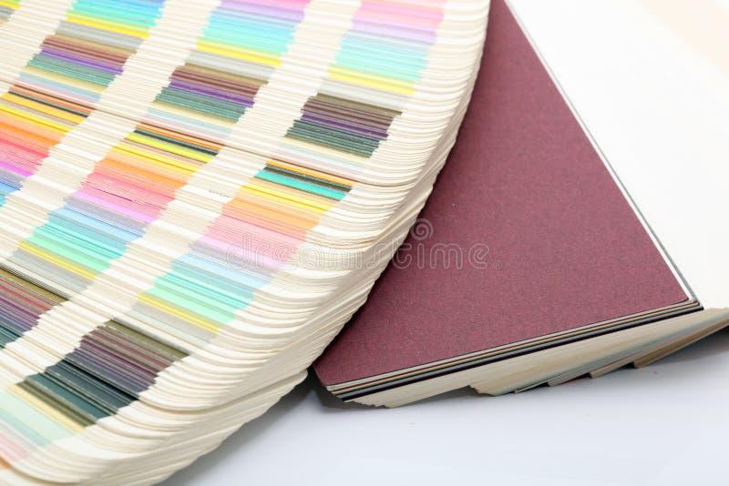 Échantillons de papier et de couleur photographie stock libre de droits