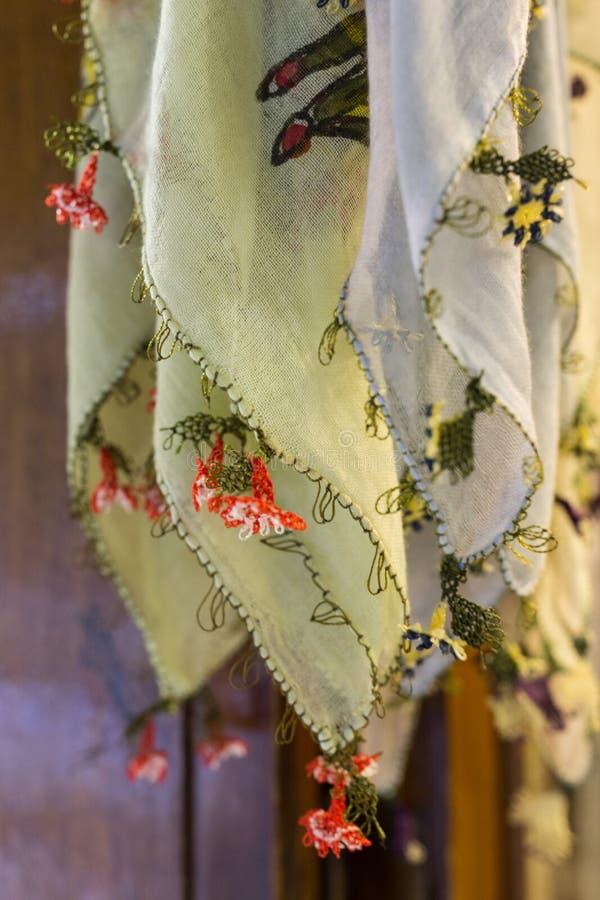 Écharpes traditionnelles de yazma à Istanbul photographie stock libre de droits