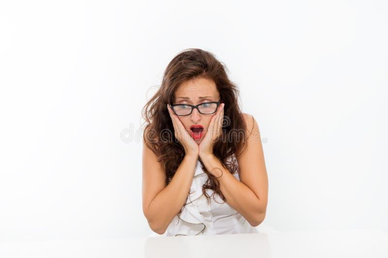 Échec et erreur Concept de personnel administratif ?ducation d'affaires Femelle ambitieuse Professeur attirant de lunettes de fem photos libres de droits
