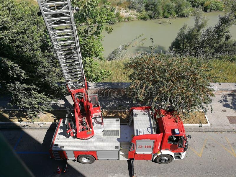 Échelle de voiture des sapeurs-pompiers image libre de droits