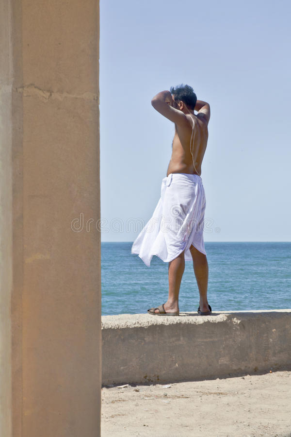 Échine indoue la Mer d'Oman de prêtre images stock