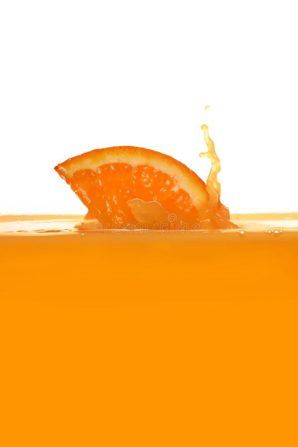 Éclaboussement du jus d'orange photos stock