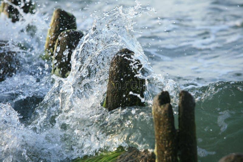 Éclaboussure d'eau de mer photographie stock libre de droits