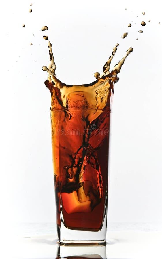 Éclaboussure de bicarbonate de soude de kola images stock