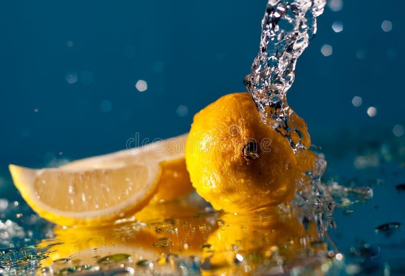 éclaboussure de citron photo libre de droits
