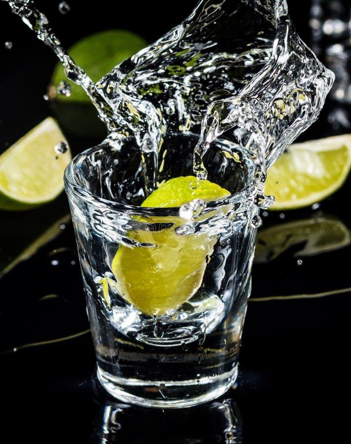 Éclaboussure mexicaine de tequila photographie stock