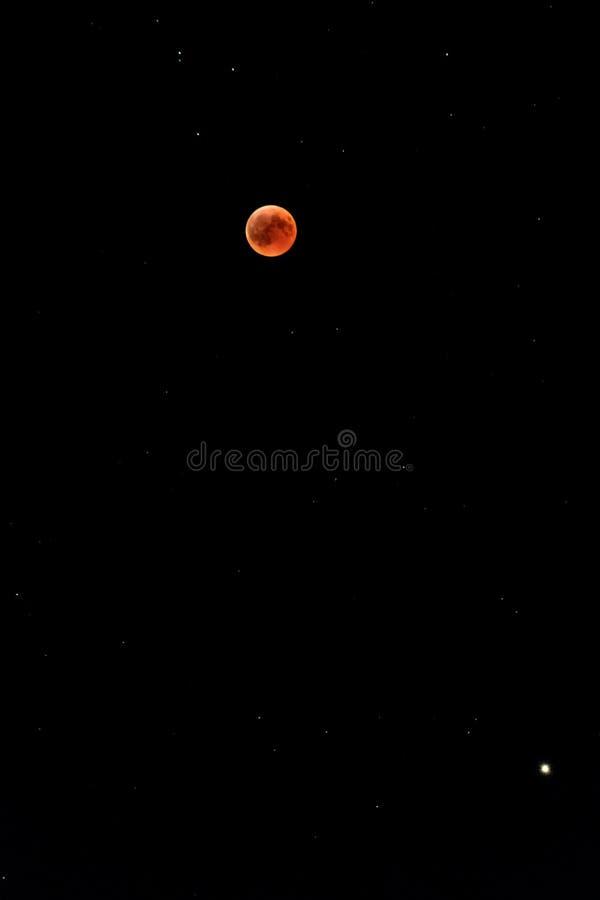 Éclipse lunaire totale en juillet 2018 photo libre de droits