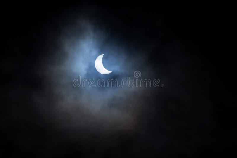 Éclipse solaire partielle photos libres de droits