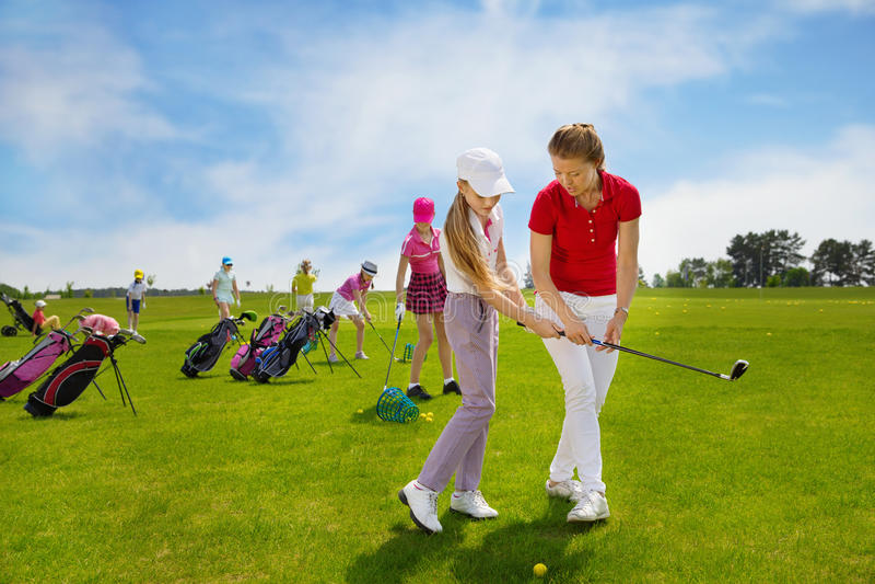 École de golf d'enfants image stock