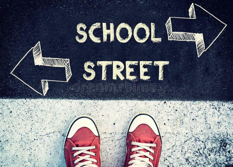 École ou rue image stock