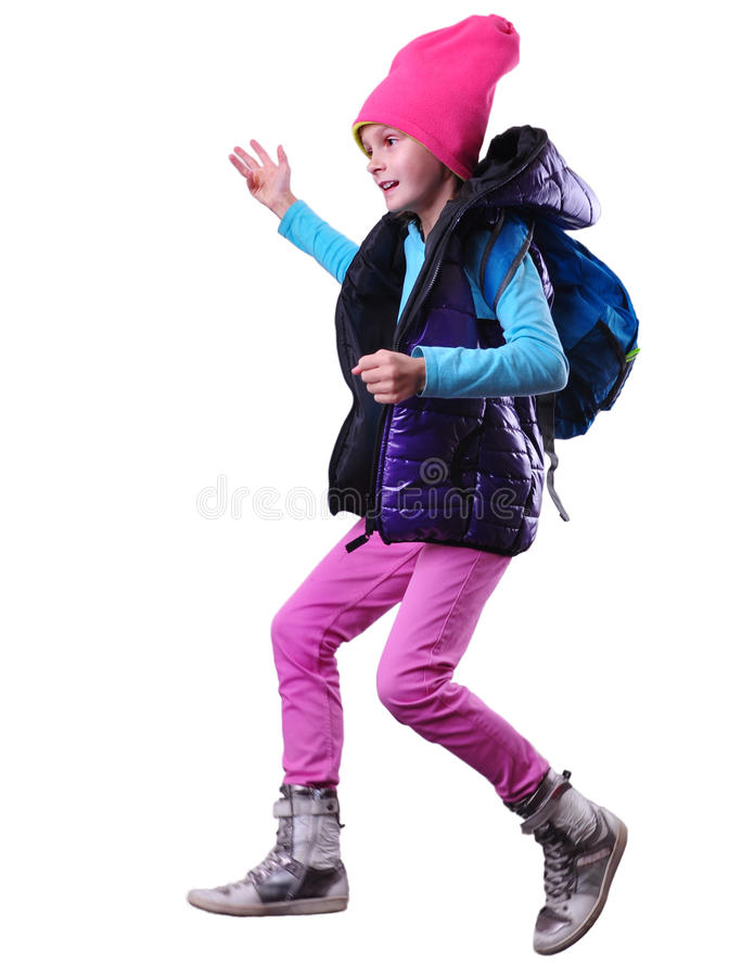 Écolière ou voyageur heureuse s'exerçant, courant et sautant photos stock