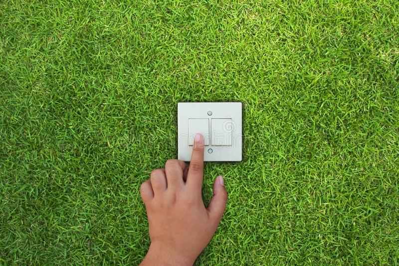 Économie d'énergie avec le vert et le concept de changement climatique photos libres de droits