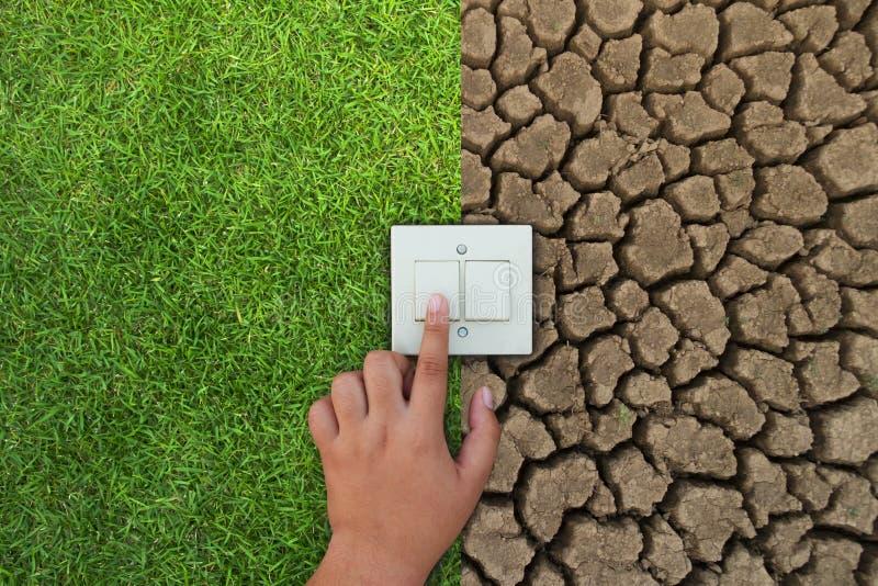 Économie d'énergie avec le vert et le concept de changement climatique photographie stock libre de droits