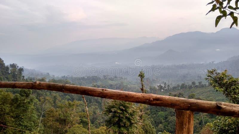 Écorcement de montagne photographie stock libre de droits