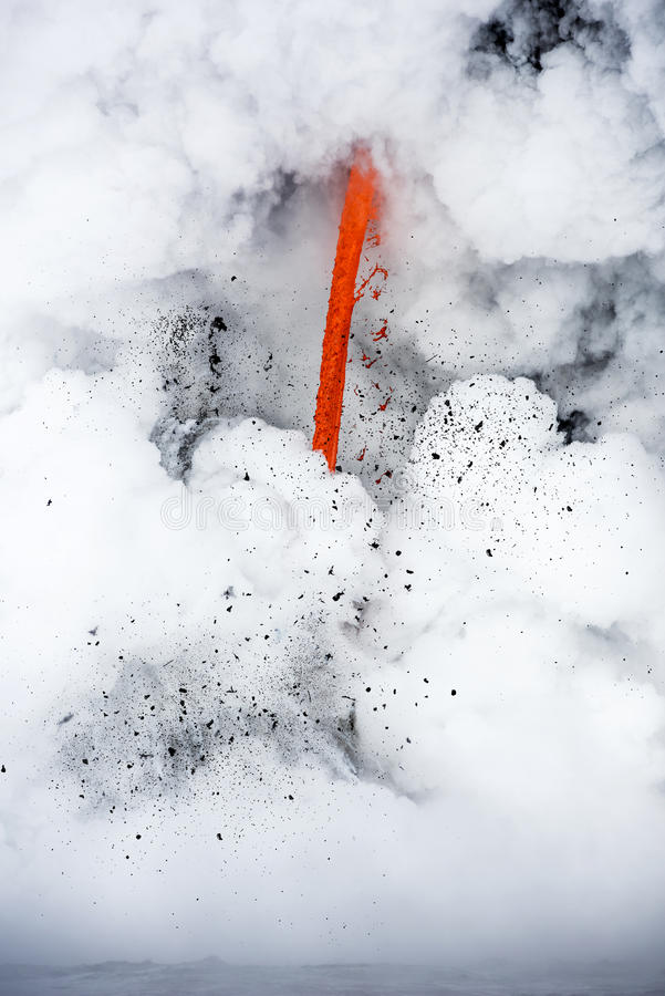 Écoulement de lave en Hawaï image stock