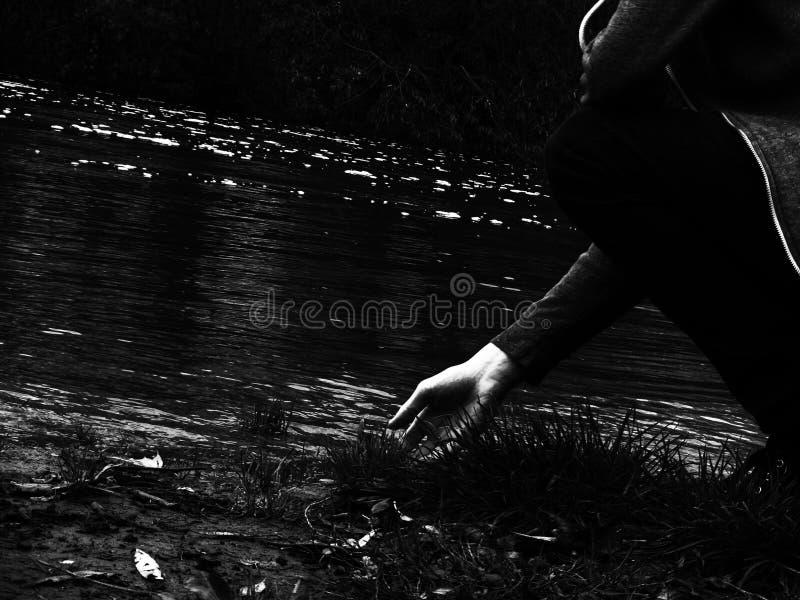 Écoulement de rivière photos libres de droits