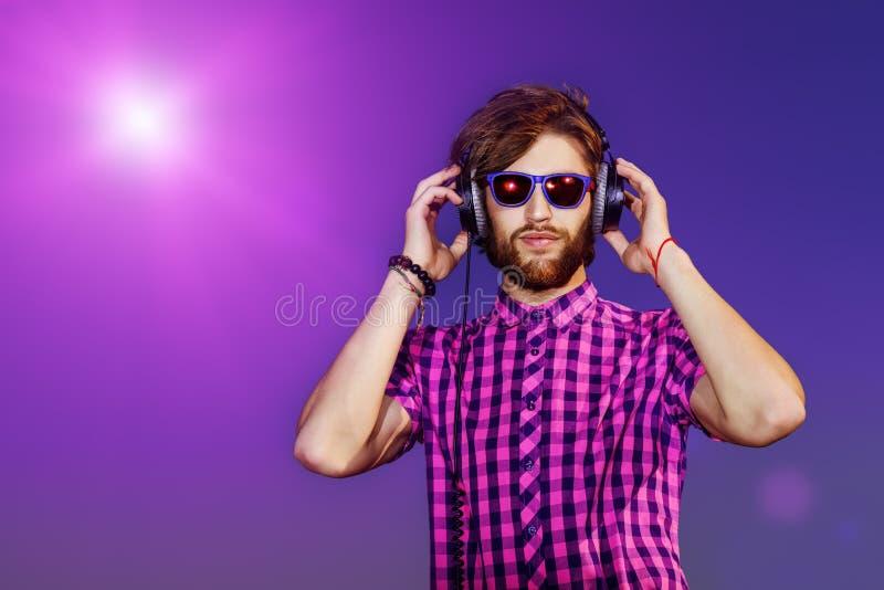 Écoute de musique photo libre de droits