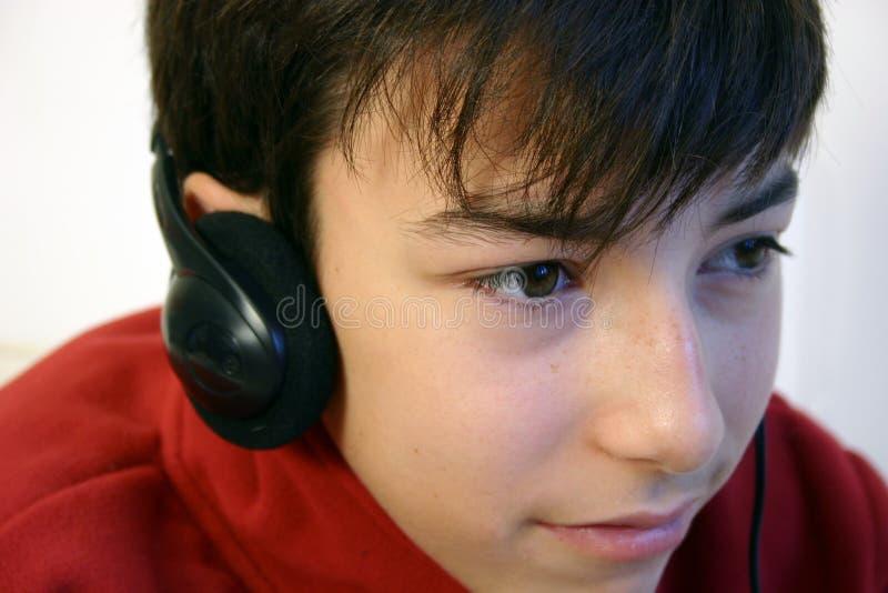 Écouter la musique. photo stock