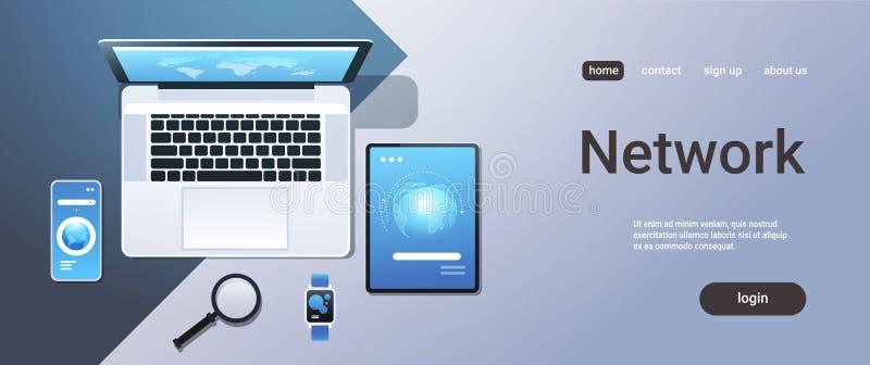 Écran intelligent de montre d'ordinateur portable de vue d'angle supérieur de concept de synchronisation de réseau de technologie illustration de vecteur