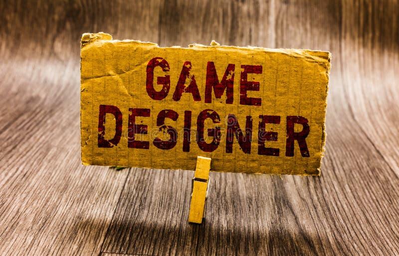 Écriture conceptuelle de main montrant le concepteur de jeu Graphiques Scripting PAP des consoles de programmeurs de pixel de mil photo libre de droits