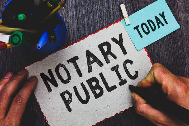 Écriture conceptuelle de main montrant le notaire Public Certification d'autorisation de documentation de légalité des textes de  images libres de droits