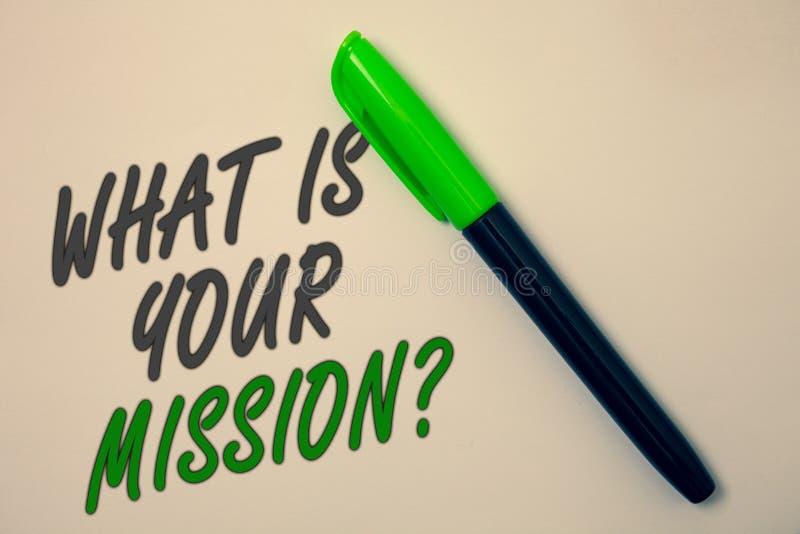 Écriture des textes d'écriture ce qui est votre question de mission Concept signifiant le but positif se concentrant sur réaliser images libres de droits