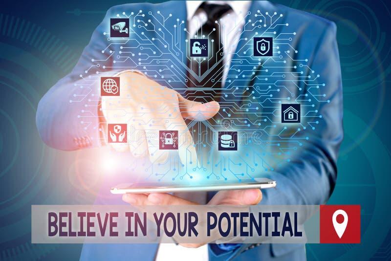 Écriture manuscrite de texte Croyez en votre potentiel Concept signifiant Ayez confiance en vous-même Motiavé inspirer Homme image stock