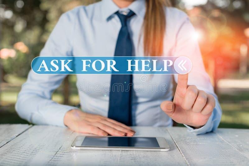 Écriture manuscrite Texte Demander de l'aide Concept signifiant Demande d'aide requise Conseils professionnels Femmes entreprises photos libres de droits