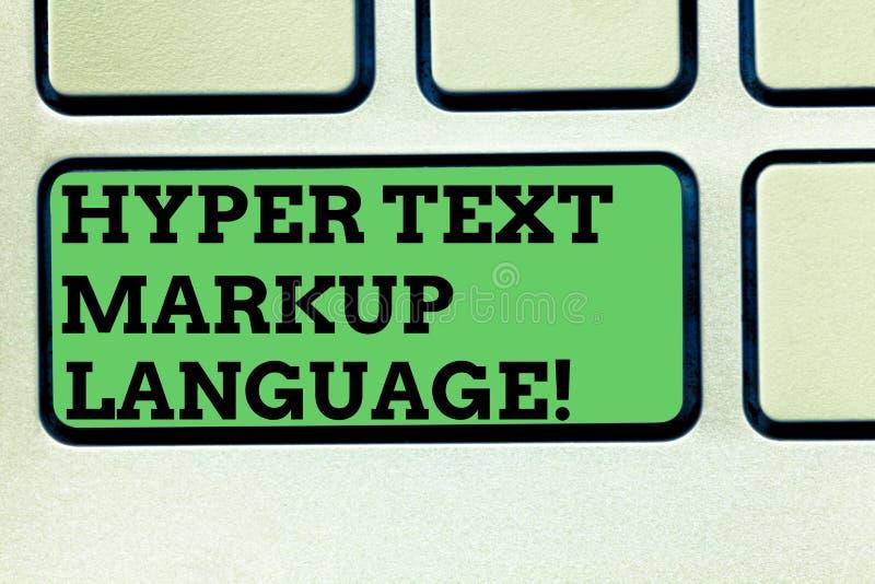 Écrivant à apparence de note le langage de balisage hyper des textes Photo d'affaires présentant des langues standard pour la cré photos stock