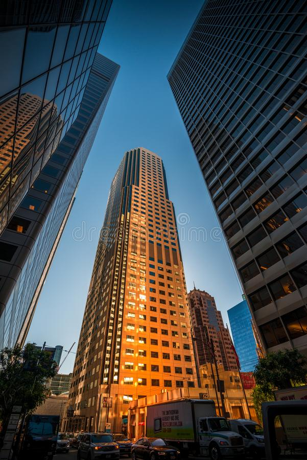 Édifices hauts dans le secteur financier du ` s de San Francisco photos libres de droits