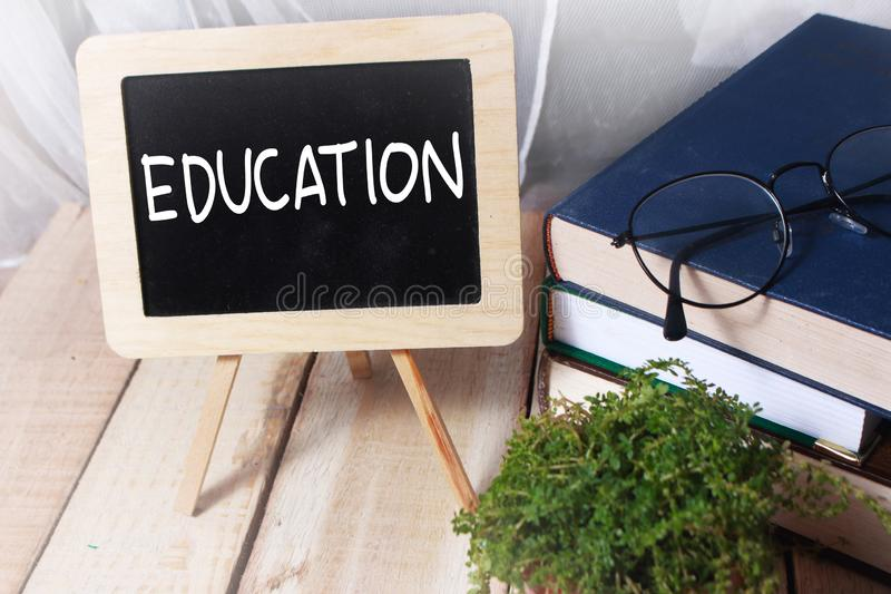 Éducation, concept de motivation de citations de mots photo stock