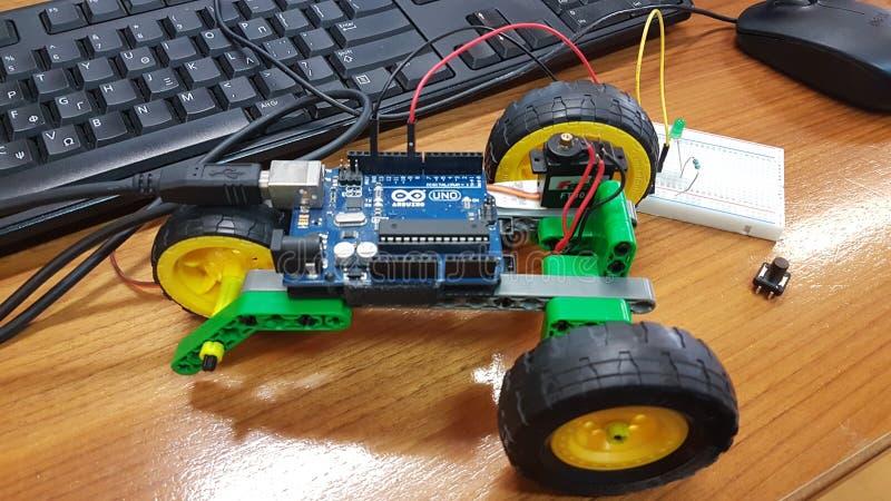 Éducation de tige de robotique dans une classe photos libres de droits